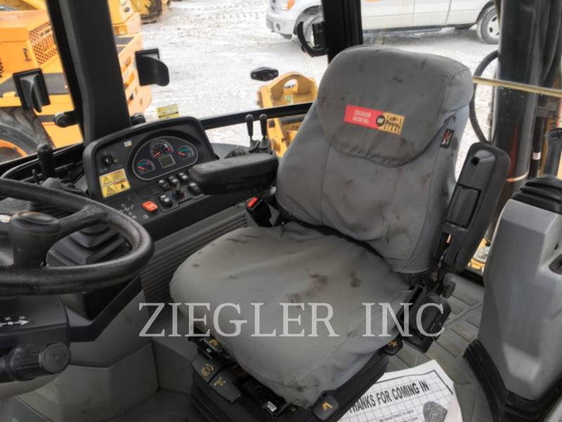 CATERPILLAR BAGGERLADER 420FIT equipment  photo 4
