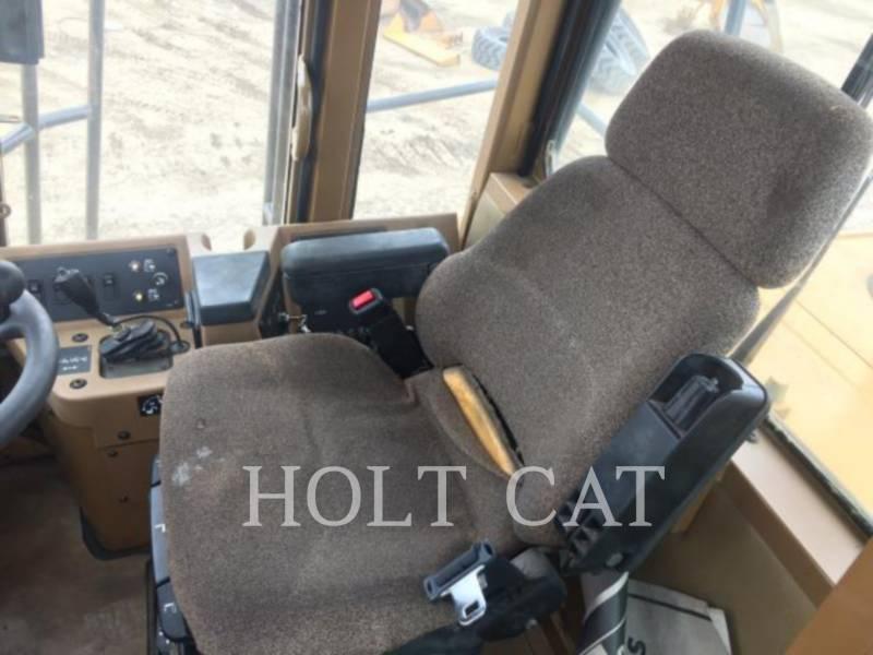CATERPILLAR COMPACTEURS 816F equipment  photo 6