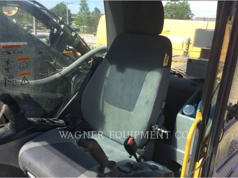 VOLVO EXCAVADORAS DE CADENAS EC480DL equipment  photo 15