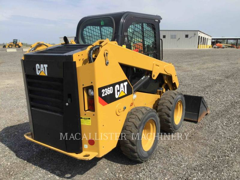 CATERPILLAR SKID STEER LOADERS 236D equipment  photo 2