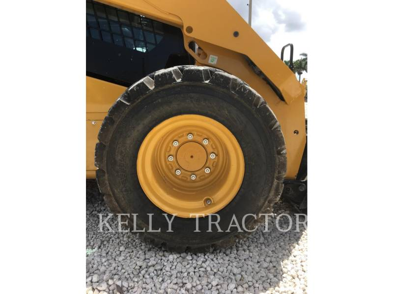 CATERPILLAR CHARGEURS COMPACTS RIGIDES 262D equipment  photo 12