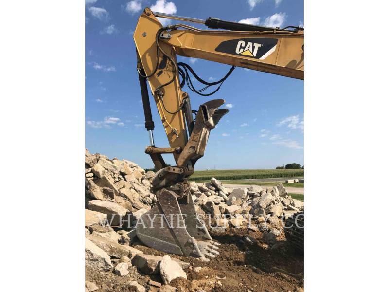 CATERPILLAR TRACK EXCAVATORS 325DL equipment  photo 6