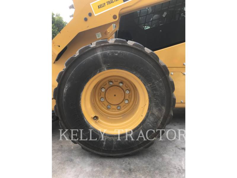 CATERPILLAR SKID STEER LOADERS 272D2 equipment  photo 17