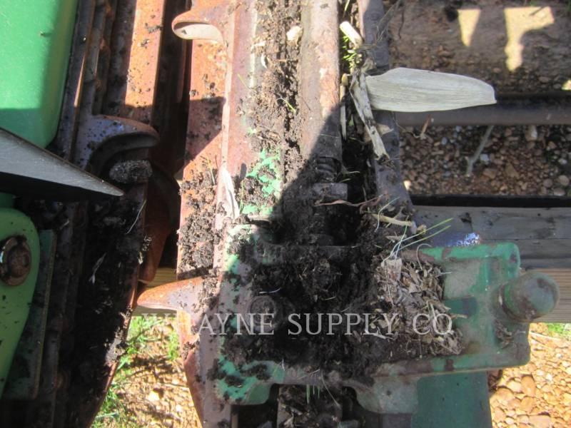 JOHN DEERE HERRAMIENTA DE TRABAJO - CABEZAL DE COSECHADORA TRILLADORA 893 equipment  photo 11