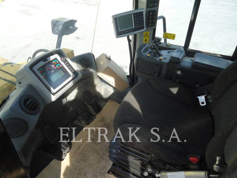 CATERPILLAR CARGADORES DE RUEDAS 966K equipment  photo 10