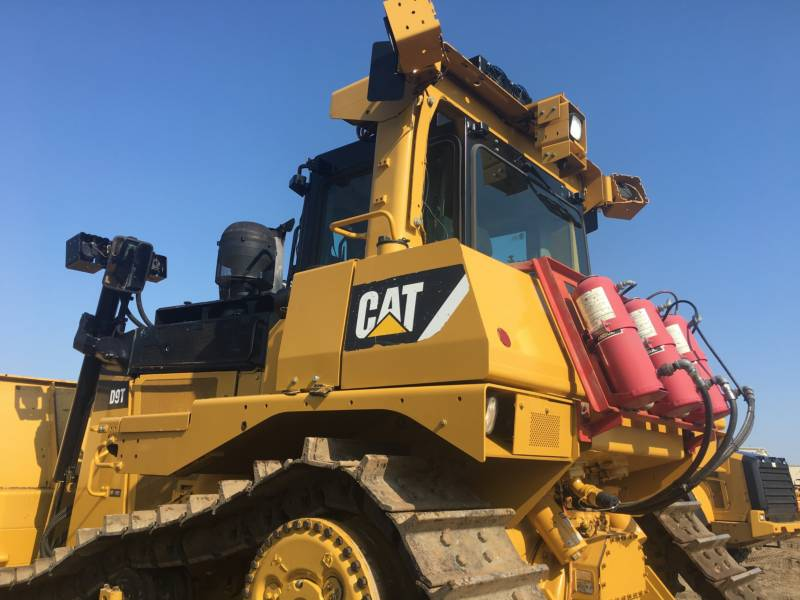 CATERPILLAR TRACTEURS SUR CHAINES D9T equipment  photo 12