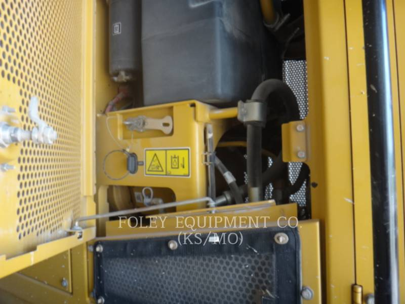 CATERPILLAR MOTONIVELADORAS 120M equipment  photo 9