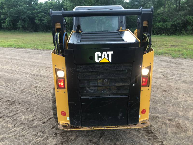 CATERPILLAR PALE COMPATTE SKID STEER 242 D equipment  photo 9