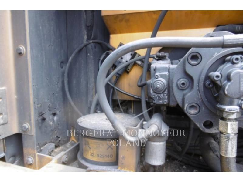 JCB KETTEN-HYDRAULIKBAGGER 240LC equipment  photo 23