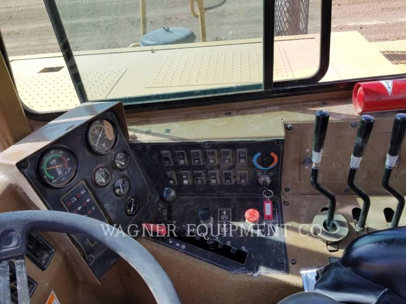 Caterpillar TRACTOARE-SCREPERE CU ROŢI 613C equipment  photo 18