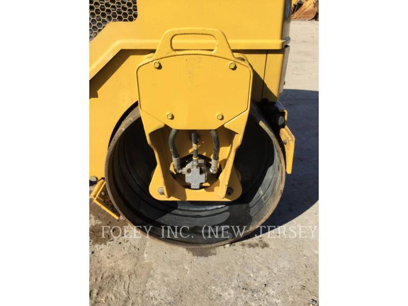 CATERPILLAR COMPACTEURS CB14BXW equipment  photo 14