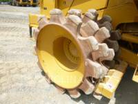 CATERPILLAR RADDOZER 815F2 equipment  photo 8