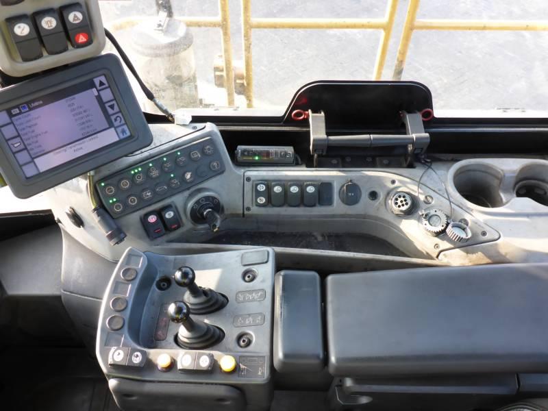 CATERPILLAR WHEEL LOADERS/INTEGRATED TOOLCARRIERS 988K equipment  photo 9