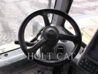 CATERPILLAR WHEEL TRACTOR SCRAPERS 621H equipment  photo 13