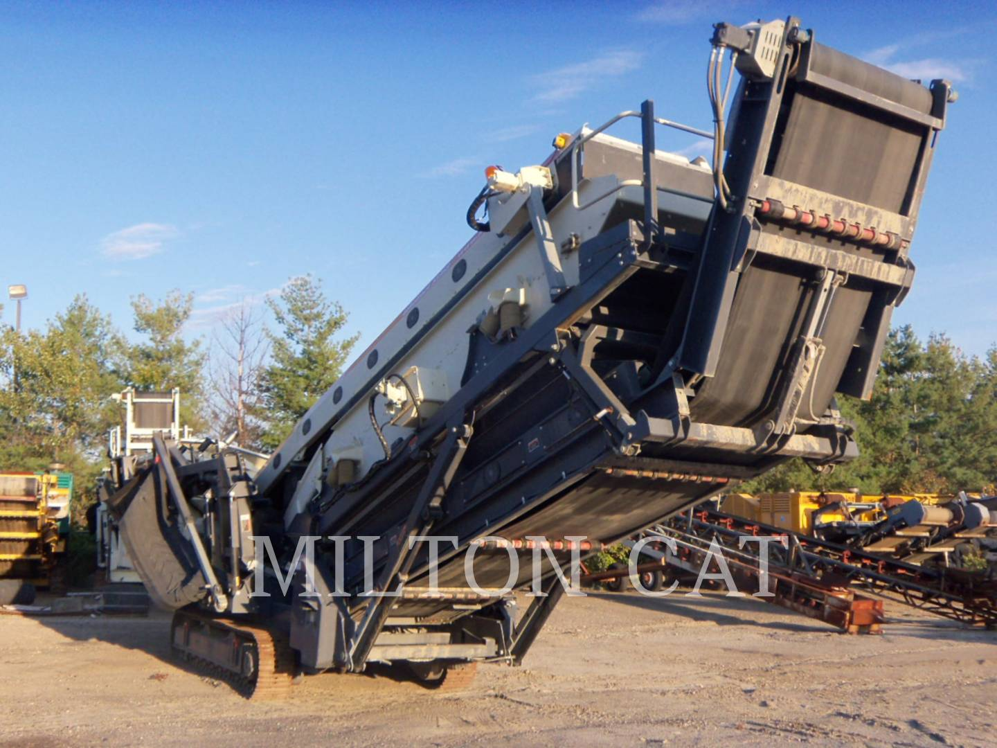 Detail photo of 2009 Metso ST358 from Construction Equipment Guide