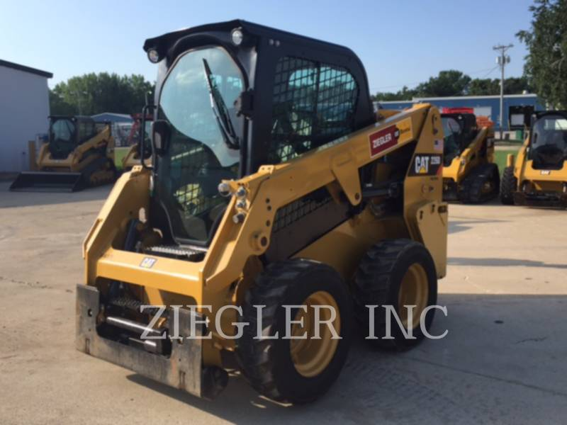 CATERPILLAR MINICARGADORAS 226DS equipment  photo 1