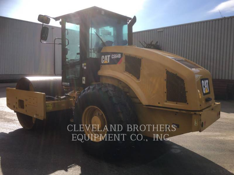 CATERPILLAR COMPACTORS CS64B equipment  photo 3