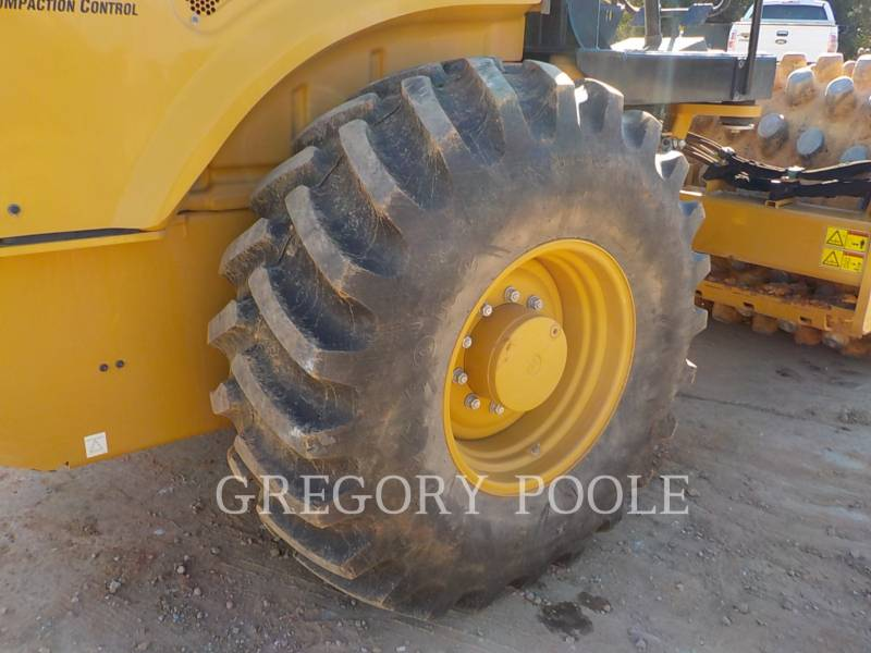 CATERPILLAR VIBRATORY SINGLE DRUM PAD CP56B equipment  photo 20