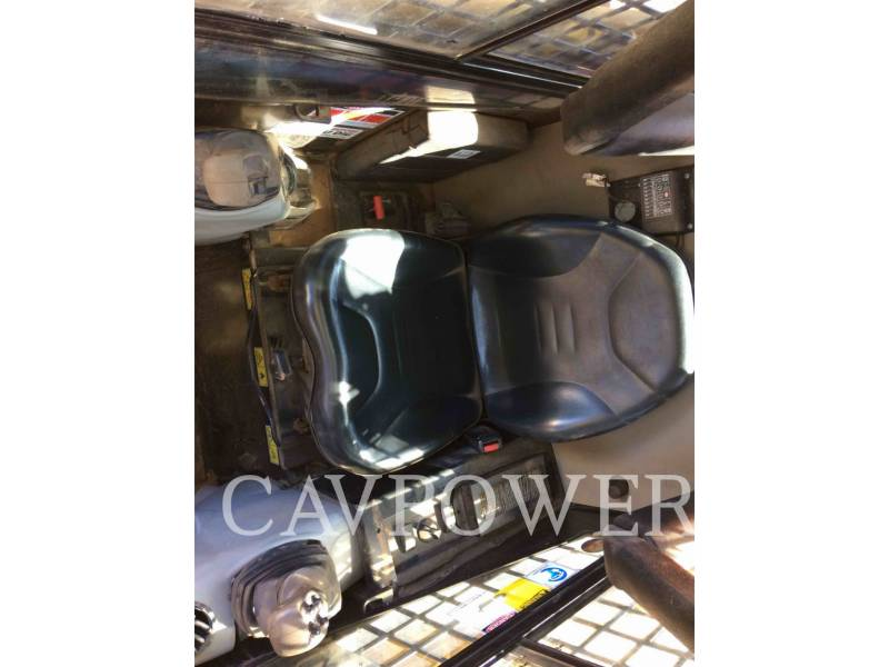 CATERPILLAR SKID STEER LOADERS 226B3LRC equipment  photo 10