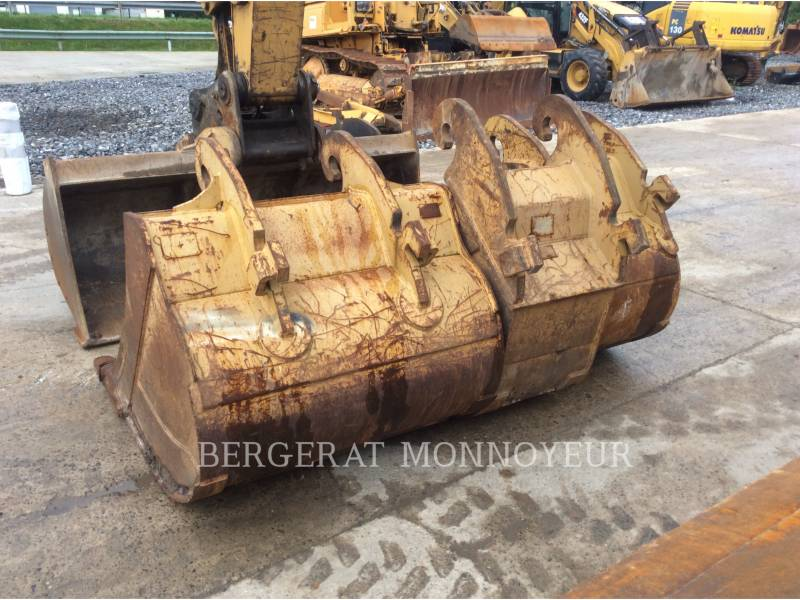 CATERPILLAR PELLES SUR PNEUS M313D equipment  photo 11