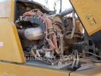 CATERPILLAR KNICKGELENKTE MULDENKIPPER 740B equipment  photo 17