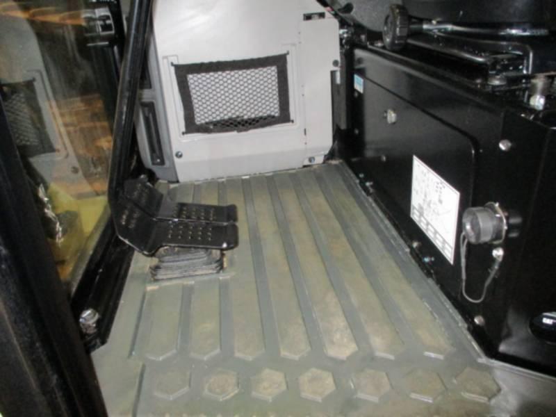 CATERPILLAR TRACK EXCAVATORS 304E2CR equipment  photo 10