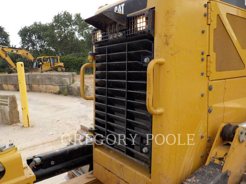 CATERPILLAR TRATORES DE ESTEIRAS D6N XL C1 equipment  photo 3