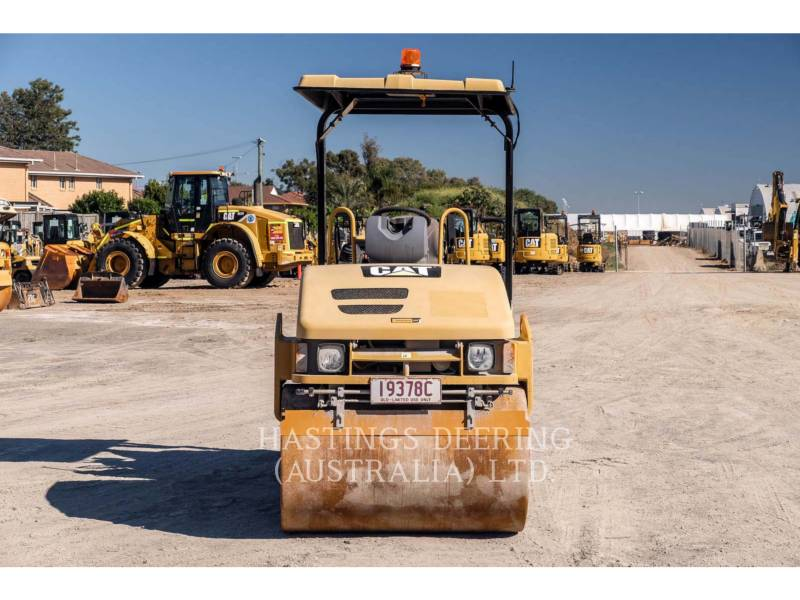 CATERPILLAR VIBRATORY DOUBLE DRUM ASPHALT CC34 equipment  photo 2