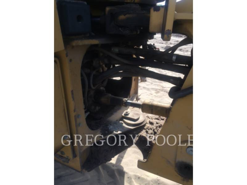 CATERPILLAR CHARGEURS SUR PNEUS/CHARGEURS INDUSTRIELS 930G equipment  photo 12