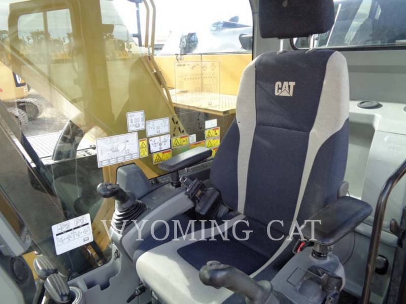 CATERPILLAR TRACK EXCAVATORS 320EL RR equipment  photo 13