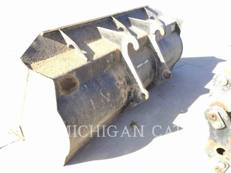 CATERPILLAR CARGADORES DE RUEDAS IT14G equipment  photo 23