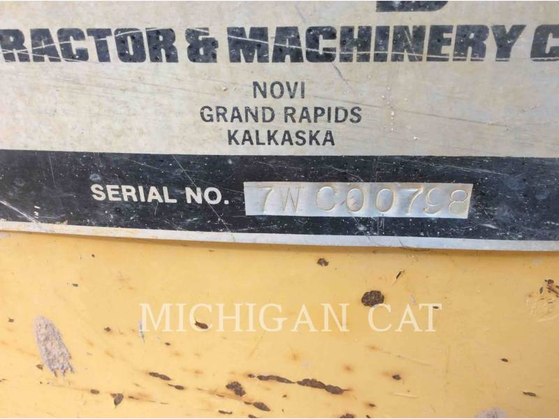 CATERPILLAR ESCAVADEIRAS 235B equipment  photo 7