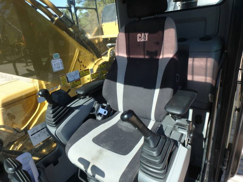 CATERPILLAR TRACK EXCAVATORS 349FL equipment  photo 22