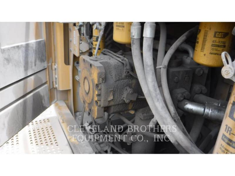 CATERPILLAR KETTEN-HYDRAULIKBAGGER 374FL equipment  photo 12