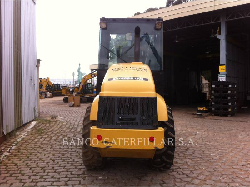CATERPILLAR COMPACTEUR VIBRANT, MONOCYLINDRE LISSE CS-423E equipment  photo 8