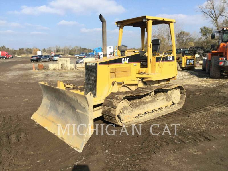 CATERPILLAR TRACK TYPE TRACTORS D5CIII equipment  photo 1