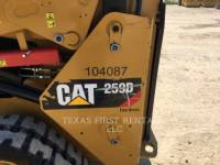 CATERPILLAR CARGADORES MULTITERRENO 259 D equipment  photo 2