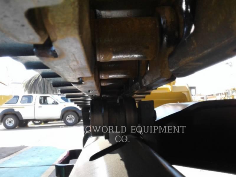 CATERPILLAR TRACK EXCAVATORS 329DL equipment  photo 13