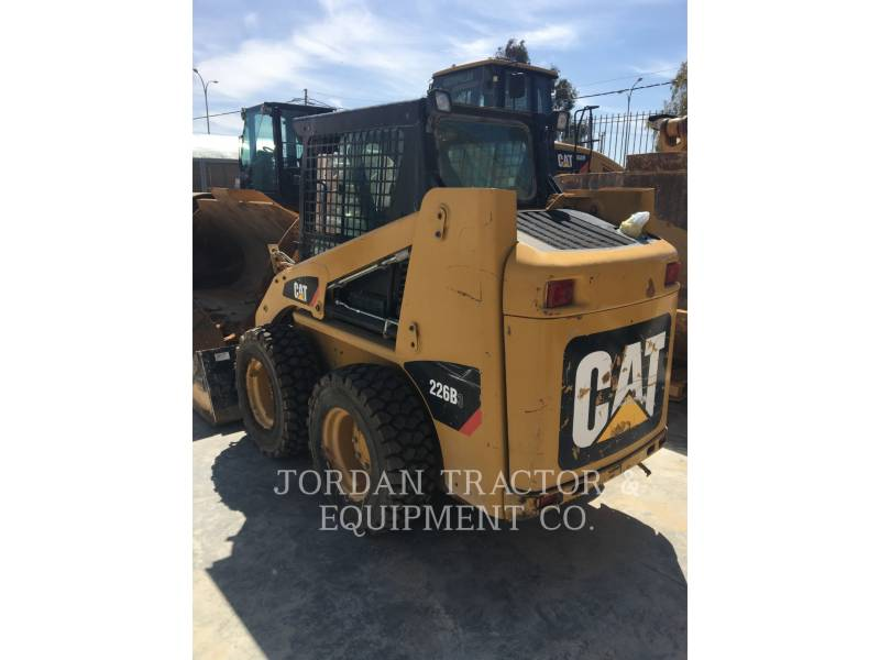 CATERPILLAR KOMPAKTLADER 226B3LRC equipment  photo 1
