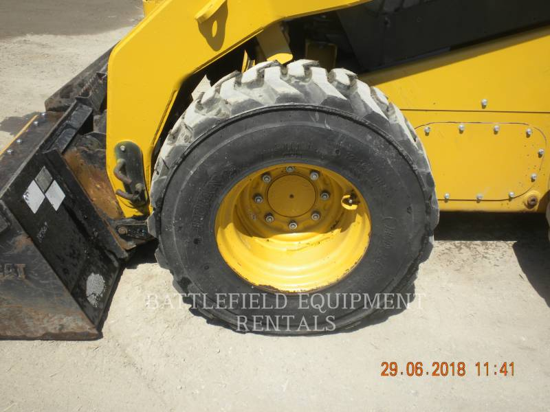 CATERPILLAR PALE COMPATTE SKID STEER 246C equipment  photo 8