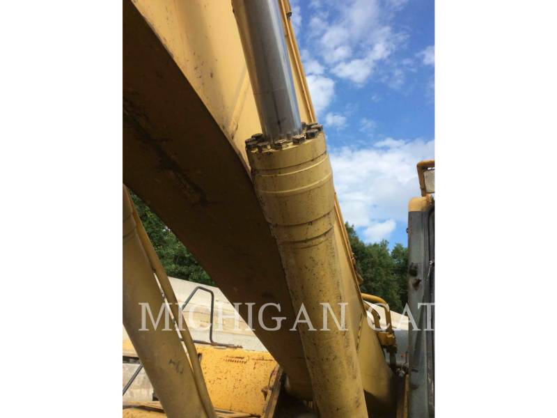 KOMATSU TRACK EXCAVATORS PC300 equipment  photo 16