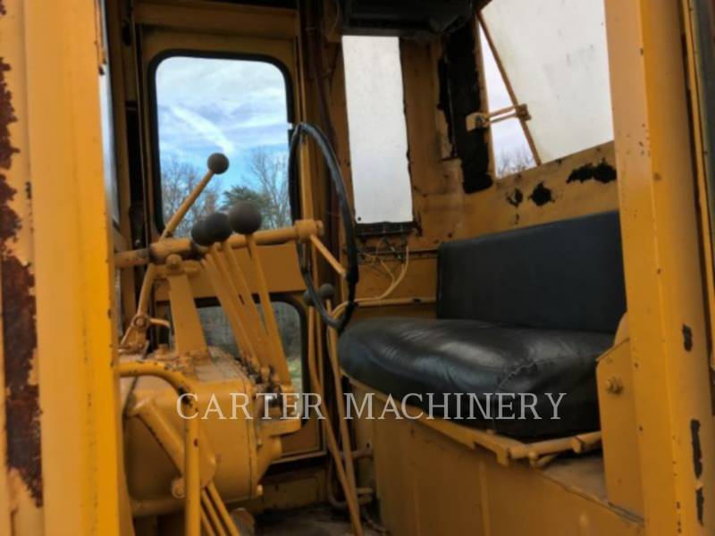 CATERPILLAR モータグレーダ 12E equipment  photo 10