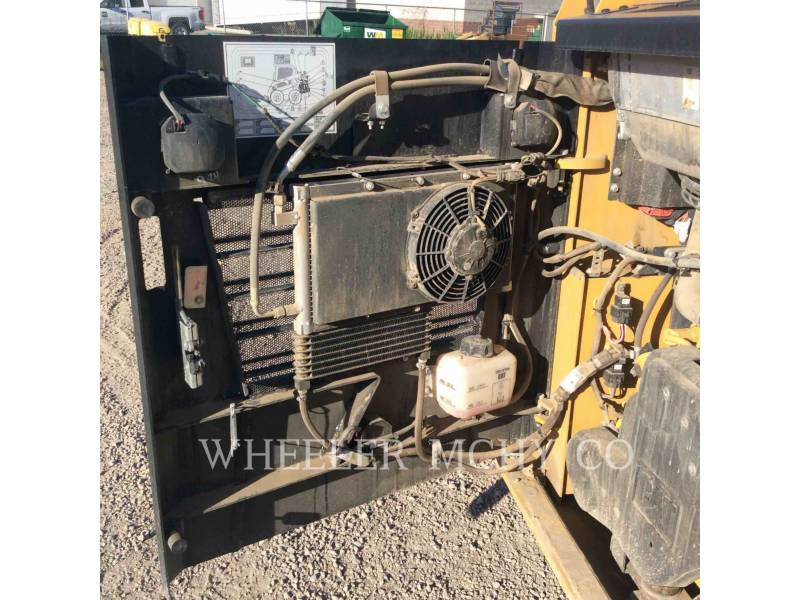 CATERPILLAR SKID STEER LOADERS 226D C3 equipment  photo 11