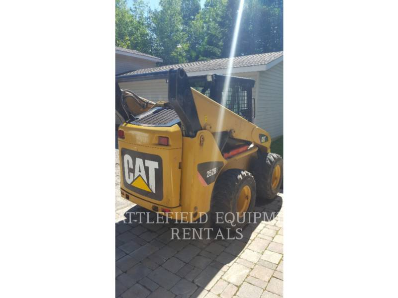 CATERPILLAR PALE COMPATTE SKID STEER 252B2 equipment  photo 3