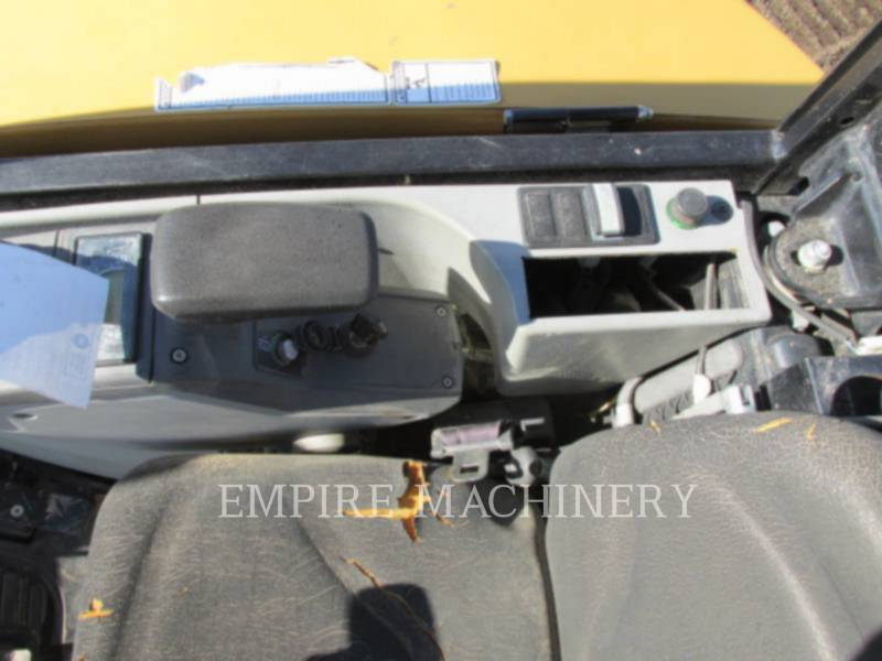 CATERPILLAR TRACK EXCAVATORS 302.7DCR equipment  photo 7