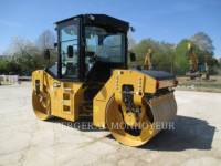 CATERPILLAR コンパクタ CB54B equipment  photo 4