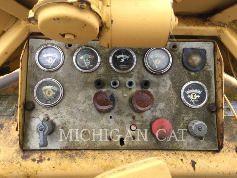 CATERPILLAR COMPACTADORES 816 equipment  photo 12