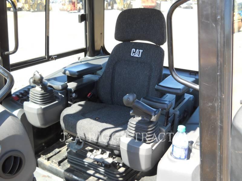 CATERPILLAR TRACK TYPE TRACTORS D3KLGP A equipment  photo 21