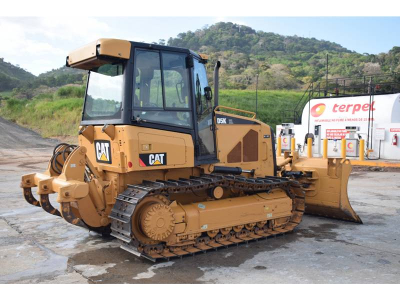CATERPILLAR TRACK TYPE TRACTORS D 5 K XL equipment  photo 4