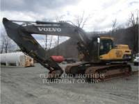 Equipment photo VOLVO CONSTRUCTION EQUIPMENT EC380DL PELLES SUR CHAINES 1